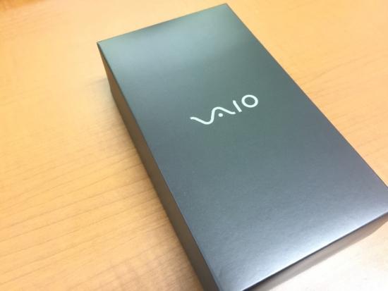 VAIO Phone Aの外箱