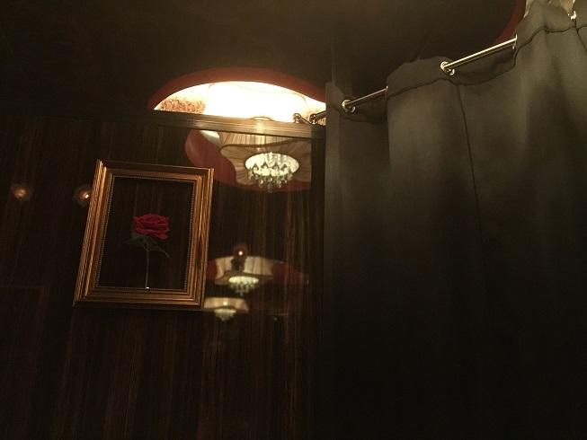プライベートラウンジのカーテン