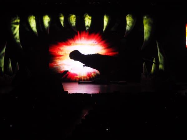 ティラノサウルスの退出
